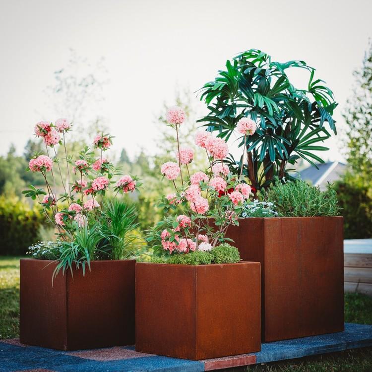 Clara Set Blomkrukor i Cortenstål