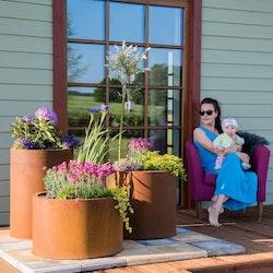 Sisters Set Blomkrukor i Cortenstål