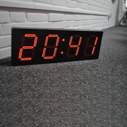 NeXtime LED-Klocka Big D Svart