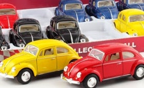 1:32 1967 Volkswagen Classic Beetle- 4 olika