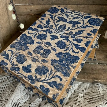Bokgömma Blå Blom L
