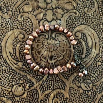 Armband Sötvattenspärla Mörkrosa