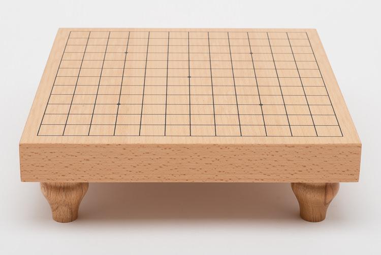 Mycket fint Go-spel 13x13, bräde med ben, glasstenar och mörka träskålar