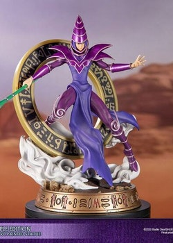 Yu-Gi-Oh! Figure Dark Magician Purple Version (First 4 Figures)