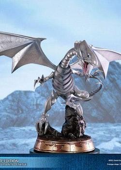 Yu-Gi-Oh! Figure Blue-Eyes White Dragon White Edition (First 4 Figures)
