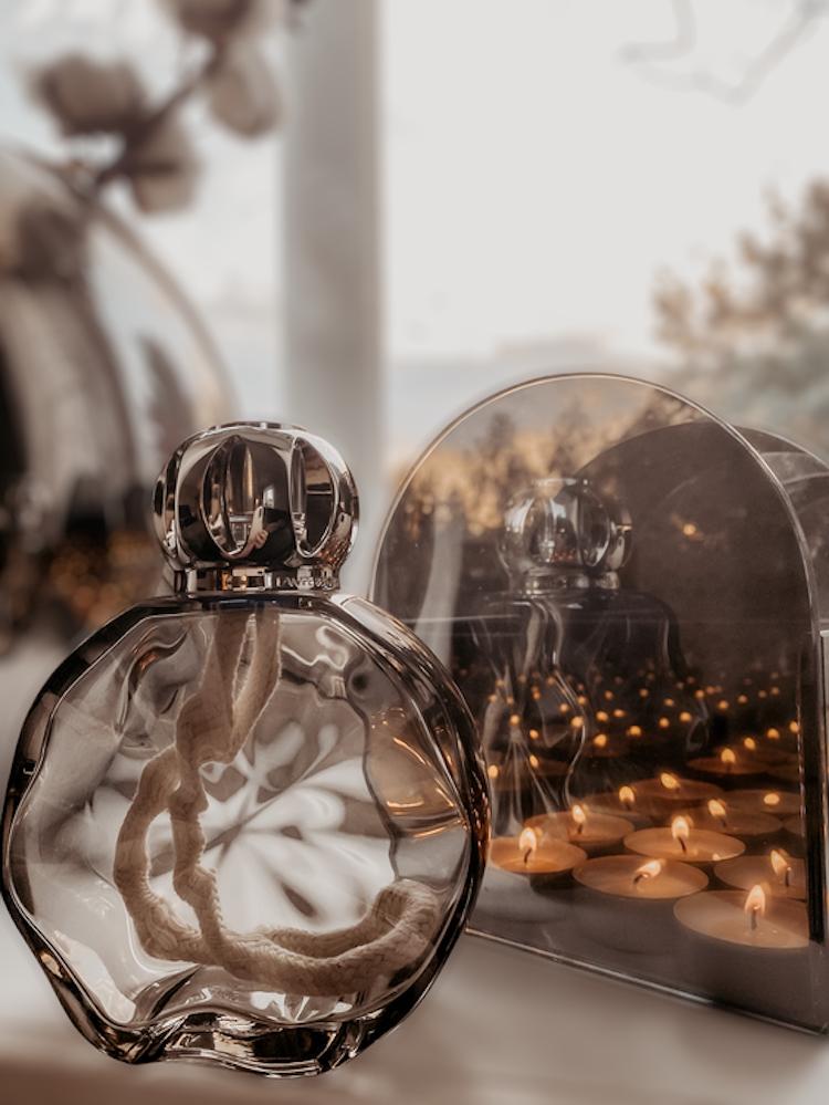 Katalytisk doftlampa Circle Onyx från Maison Berger Paris - Presentset med doften Exquisit sparkle!