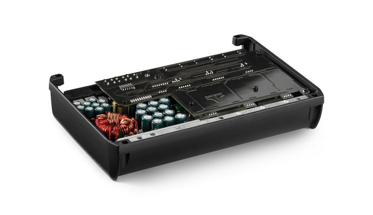 JL Audio XD700/5v2