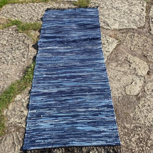 Trasmatta i jeanstyg