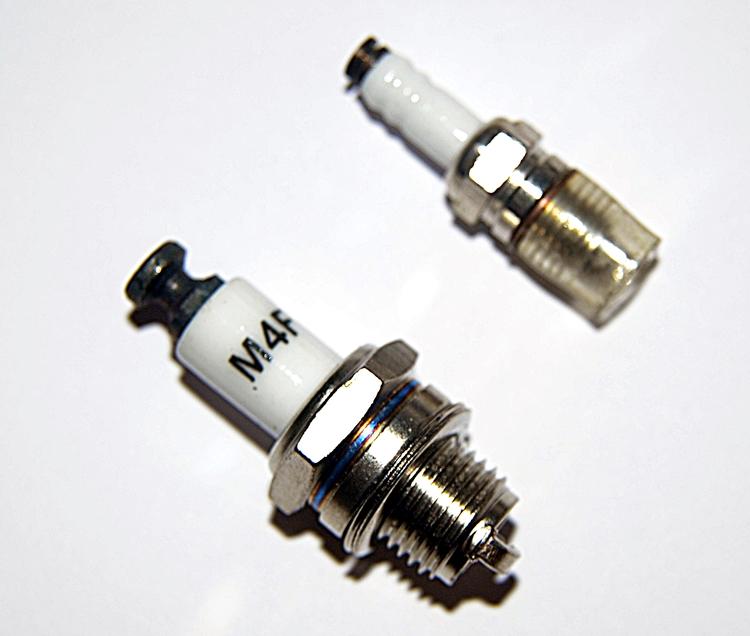 Stinger Iridium Spark Plug 1/4-32 SIZE RCGF Stinger 10cc SE, 10cc RE,20cc SE,20cc Twin,30cc Twin,40cc