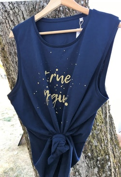 TRUE YOGINI - MUSCLE TANK - NAVY