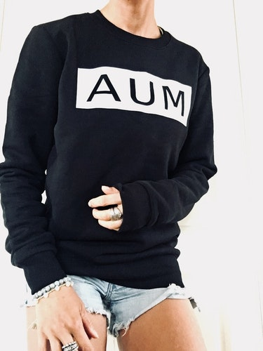AUM - SWEATER - BLACK