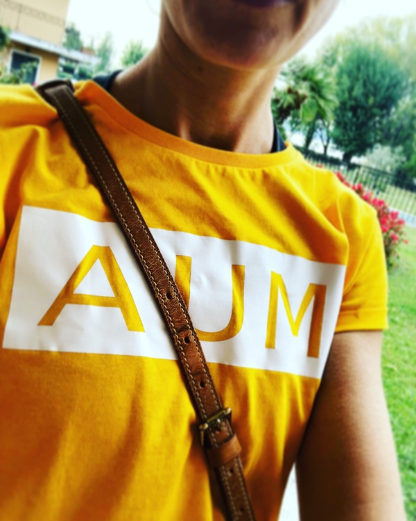 AUM - T-SHIRT - YELLOW