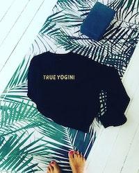 TRUE YOGINI -SWEATER - BLACK