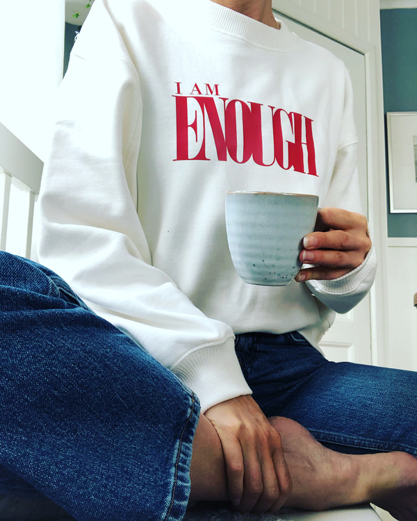 I AM ENOUGH - SWEATER - WHITE