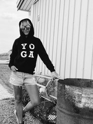 YO GA - HOODIE - BLACK