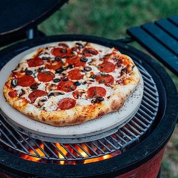Kamado Joe Classic Joe Keramik Pizzasten