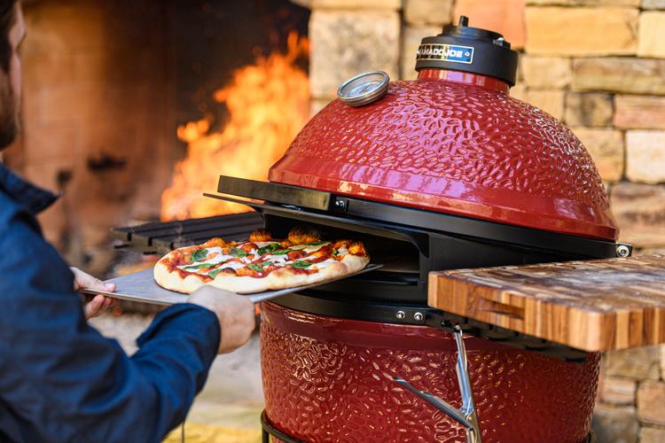 Kamado Joe Big Joe DoJoe Insättning Pizza