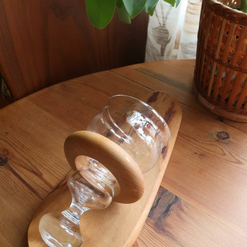 Väggljusstake i trä & glas