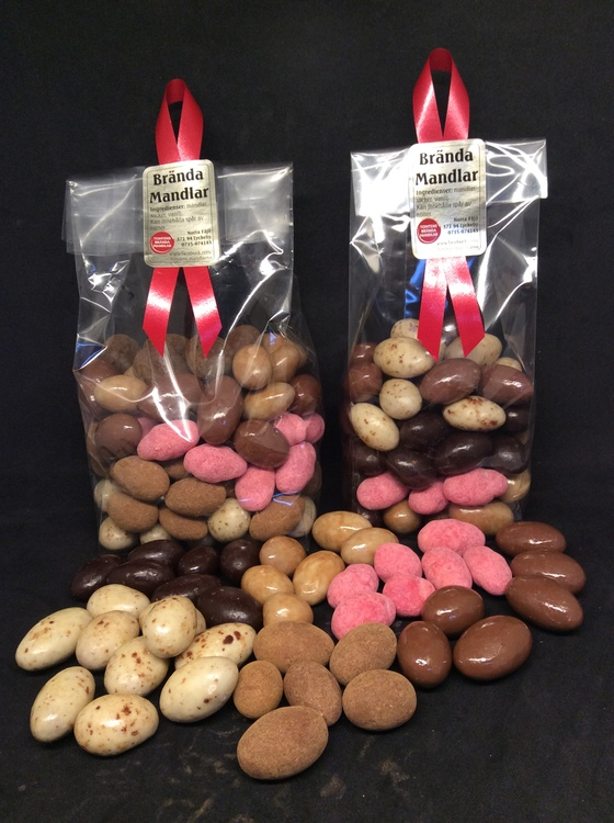Mix choklad mandlar 520 gram.