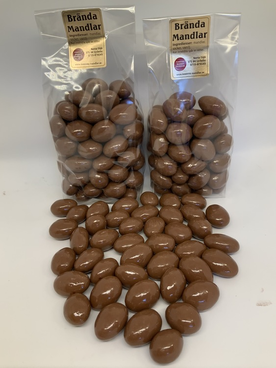 Choklad mandel 330 gram.
