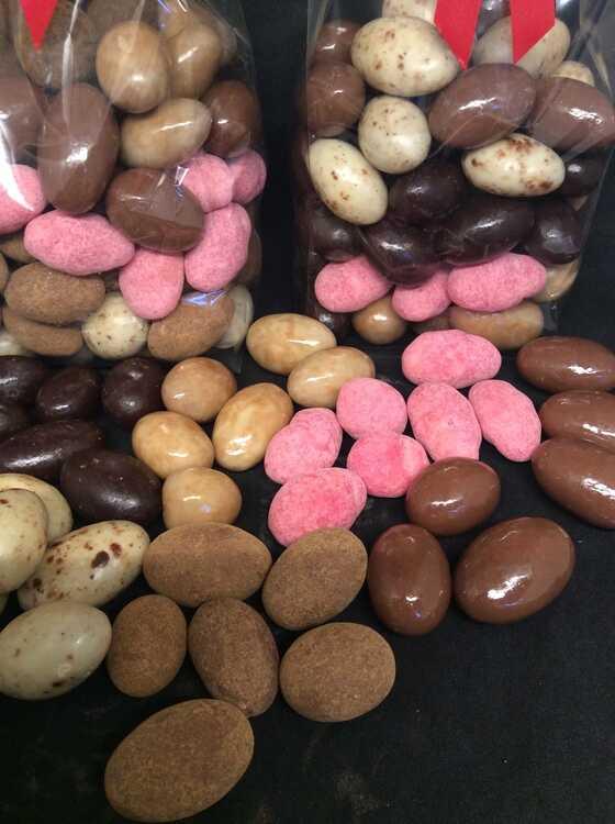 choklad mandlar mix.