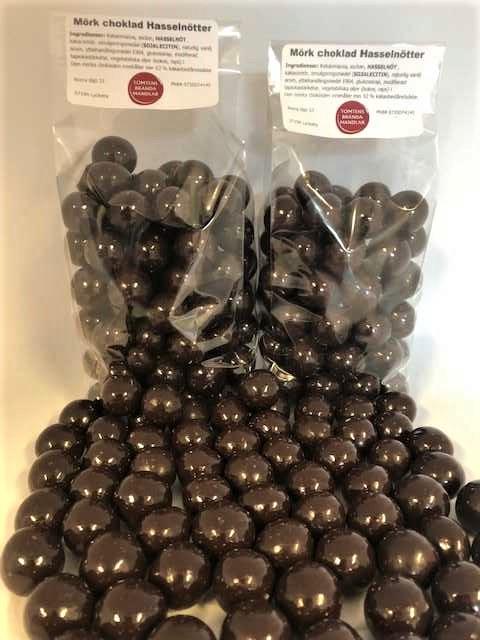 Hasselnötter med mörk choklad