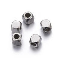 Rostfritt stål kuber 4x4 mm, 10 st