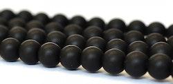 Mattsvart agat 8 mm, 10 strängar