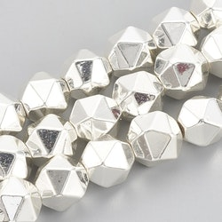 Silverfärgad hematit 7-8 mm star cut, 10 st