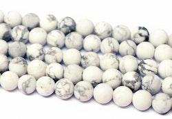Howlite vit frostad 8 mm, 10 strängar