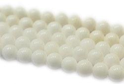 Jade 4 mm vit, 1 sträng
