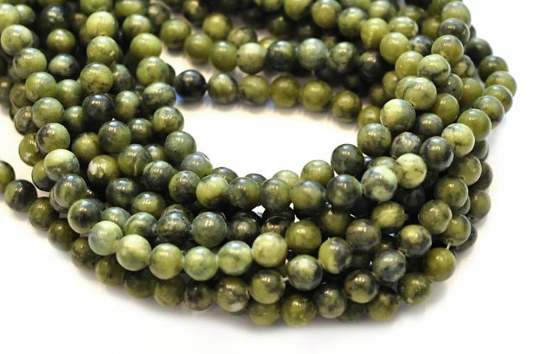 Jade 6 mm oliv, 10 strängar