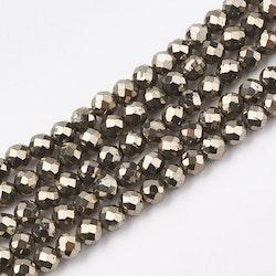 Facetterad pyrit 3 mm, 1 sträng