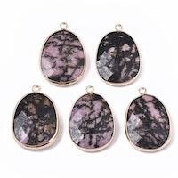 Guldfärgat hänge rodonit rosa/svartmelerad, 1 st