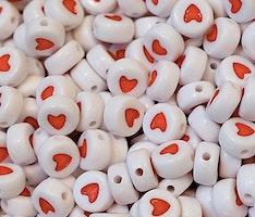 Vita acrylpärlor med hjärta, 100 st