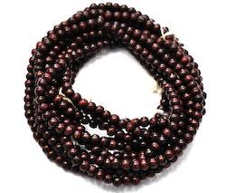 Sandalwood 6 mm mörkbrun, 108 pärlor