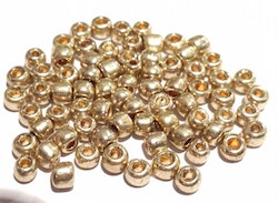 Seed beads 4 mm guld, 20 gr (ca 150 st)