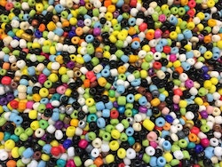 Seed beads 4 mm mix, ca 2500 st