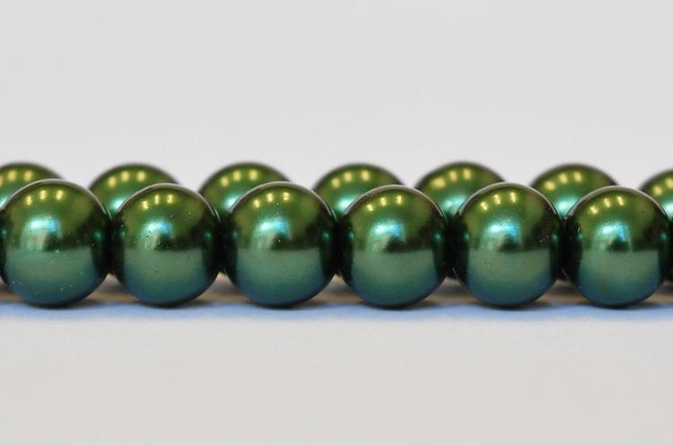 Vaxade glaspärlor 6 mm mörkgröna, 1 sträng