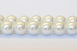 Vaxade glaspärlor 4 mm vita, 1 sträng