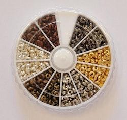 Ask: Knutgömmor 4 mm, ca 400 st i 6 färger, 1 st