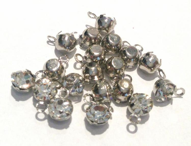 Antikfärgade små berlocker med strass, 10 st