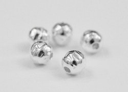 Sterling silver hamrad pärla 4 mm, 1 st
