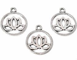 Antikfärgad berlock lotusblomma i siluett, 1 st