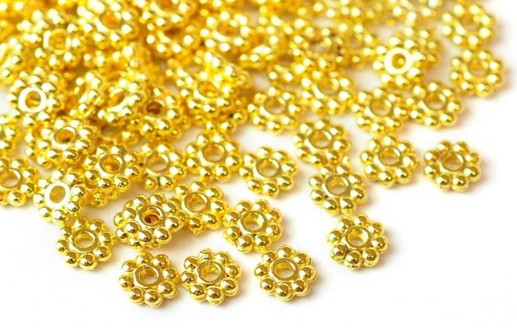 Guldfärgade daisys 5 mm, ca 300 st
