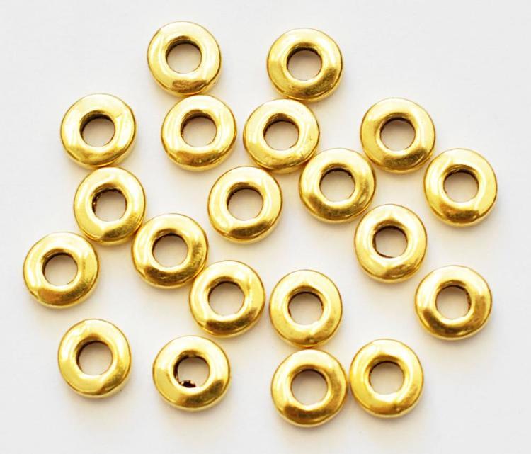 Antikt guldfärgade mellandelar raka och runda 6 mm, 20 st