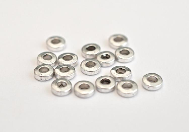 Antikfärgade mellandelar raka och runda 6 mm, ca 100 st