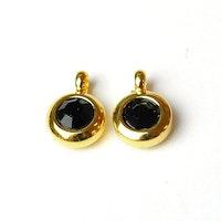 Guldfärgat rostfritt stål berlock med ögla, liten svart, 1 st