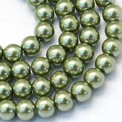 Vaxade glaspärlor 8 mm oliv, 1 sträng
