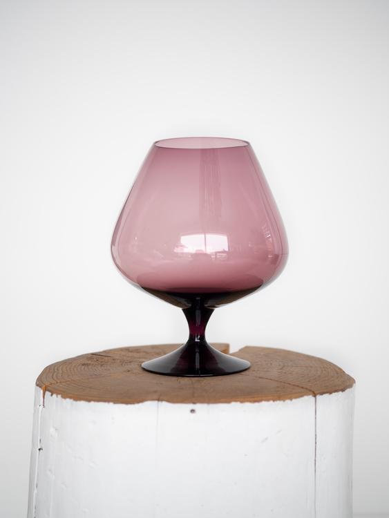 Lilla glass
